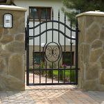 Как выбрать и установить электромагнитный замок на ворота?