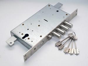 замок для металлической двери