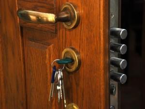 Замок не открывается ключом — что делать?