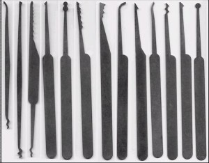 инструменты для вскрытия замка