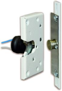 электромеханический замок на двери